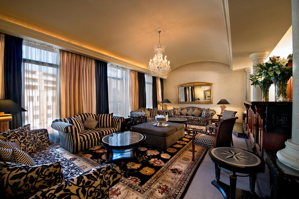 Presidential-Suite Lounge